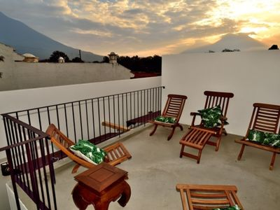 Amazing Two Bedroom Home in Antigua Guatemala AN014