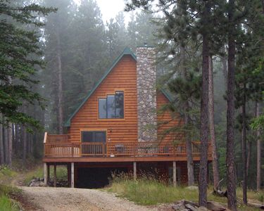 Towering Pines Lodge front