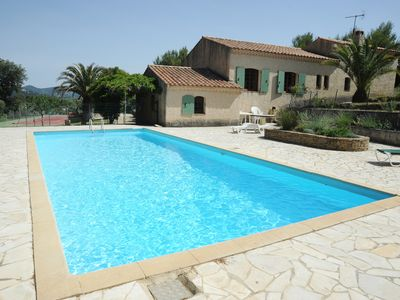 Photo for Villa with private pool and tennis court, 7 km from the beach