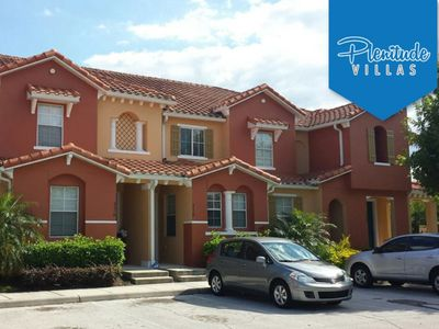 Photo for Gated community, Free Wi-Fi, 3 bedrooms townhouse
