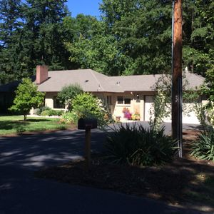 Photo for Large Private Room Quiet Retreat less than 10 Minutes to OHSU - Downtown - PCC