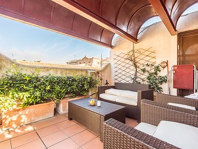 Photo for Apartment Pantheon Amazing Terrace in Roma: Piazza Navona - Campo dei Fiori - 5 persons, 2 bedrooms