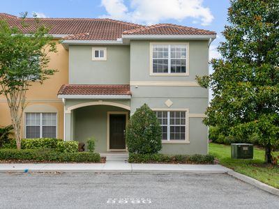 Photo for Luxurious Townhouse in gated resort 10 minutes from Disney