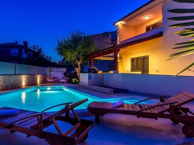 Photo for 3 bedroom Villa, sleeps 8 in Valdebek with Pool, Air Con and WiFi