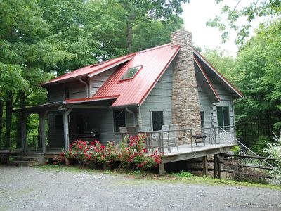 Photo for Cabin: 11 acres, tree fort, 1 mile to DuPont, close to Brevard & Hendersonville