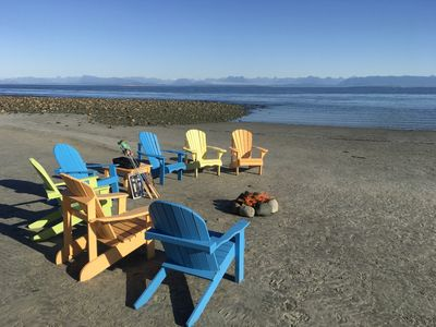 Williams Beach. 2 minutes drive away from suite