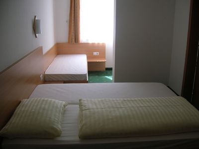Triple bedroom with a king size and single bed