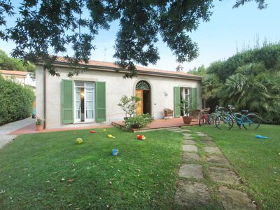 Photo for Vacation home Clara  in Forte dei Marmi, Versilia, Lunigiana and sourroundings - 6 persons, 3 bedrooms