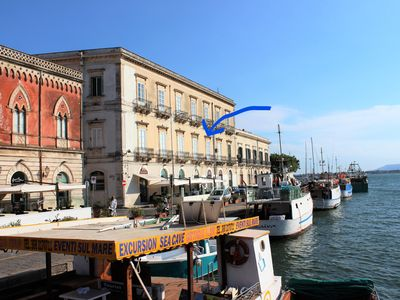 "Photo for ""Suite 18"", charming Ortigia apartment with spectacular sea view balcony ."
