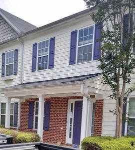 Photo for Spacious 2br 2 1/2 ba townhouse 5 miles from downtown Atlanta