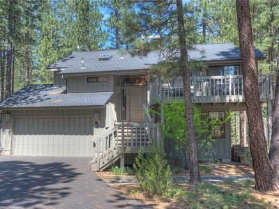 Photo for 20 Diamond Peak is a lovely 2 story home in great location!