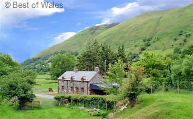 Photo for Delightful cottage, in a tranquil valley near Dinas Mawddwy.