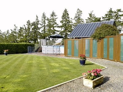 Photo for Holiday let with pool in South East Brittany