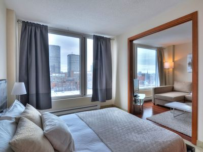 Photo for Luxury Condo Old Port/Convention Centre/Downtown 2
