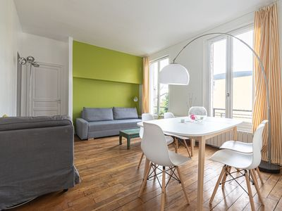 Photo for Charming spacious apt at the entrance of Paris