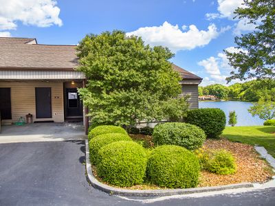 Photo for Beautiful Two Bedroom Lake Front Condo