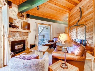 Photo for Great mountain condo w/ easy access to skiing and downtown