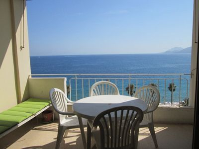Photo for Cannes, magnificent sea view on the 6th floor 2-4 persons with large terrace