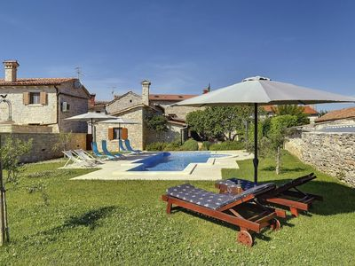 Photo for Comfortable villa with private pool