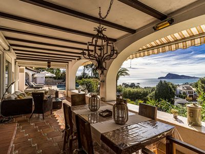Photo for Villa sea view, with beautiful pool and views.
