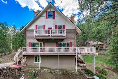 """Welcome to """"Mountain Mama's House"""" in beautiful Idaho Spring, CO!"""