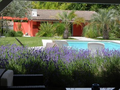 Photo for Charming cottage 3 ears with landscaped garden and swimming pool 10 minutes from Bordeaux