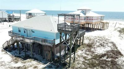 Photo for Sand Bar-  Great 3/3 House right on the Gulf of Mexico Beach rooftop Crows Nest