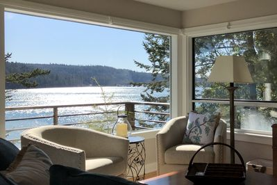 Two swivel chairs to join in conversation or take in the life on the water.
