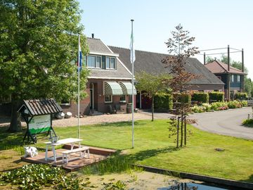 Apartments in a beautiful rural farmhouse in the Green Heart - Appartement met Kasteelkamers