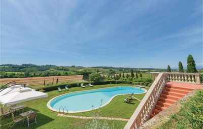 Photo for 4 bedroom accommodation in Crespina (PI)