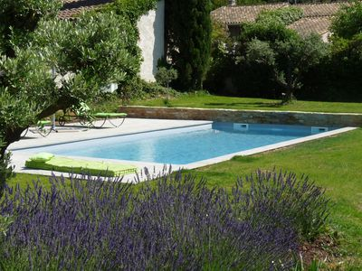 Photo for Very nice single storey villa panoramic view of the pines, 15 km from Aix.