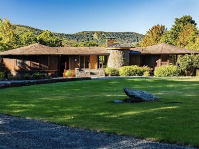 Photo for Luxury Windham Chalet with Spa/11 acre/15 sleeps