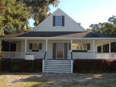 Photo for 3BR Cottage Vacation Rental in Darien, Georgia