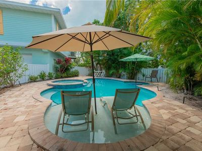 Photo for Cozy bungalow with huge December savings! Book today and save!