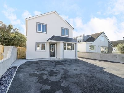 Photo for CERRIG, pet friendly, with a garden in Four Mile Bridge, Ref 960477