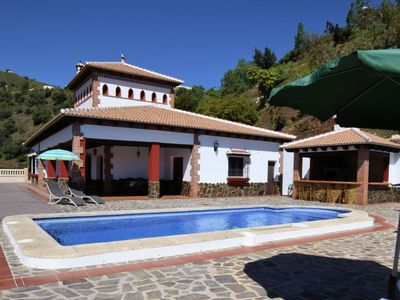 Photo for Beautifully located villa with private pool, large Jacuzzi, Wi-Fi and nice views