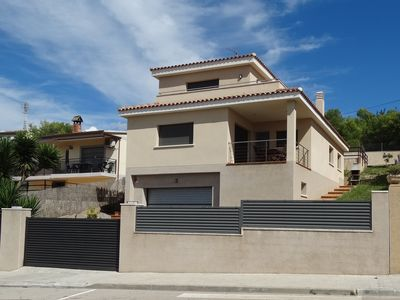 Photo for Villa with private pool and air conditioning -Segur of Calafell- Costa Dorada