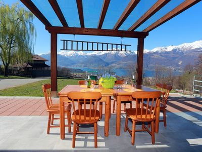 Photo for Chalet Inganna, 5 + 1 people, fantastic view of Lake Como, 2500sqm garden
