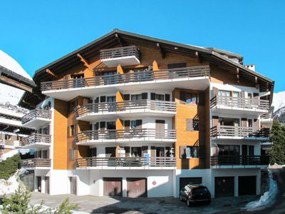 Photo for 4 bedroom Apartment, sleeps 8 in Verbier Mondzeu with WiFi