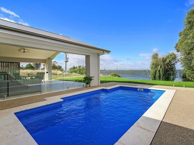 Photo for Absolute Waterfront - Woodbine Waters on Lake Mulwala