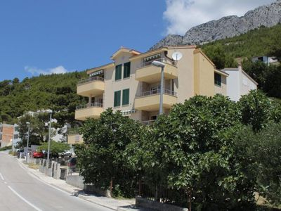 Photo for 1BR Apartment Vacation Rental in Baška Voda