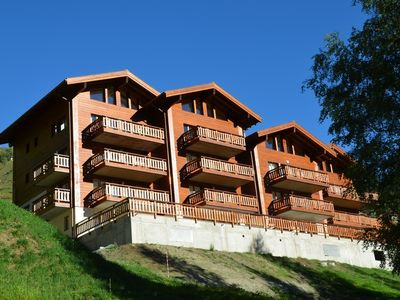 Photo for Piste Rouge 11 , Grimentz - 4 Bedroom Duplex, 100m from the piste & lift station