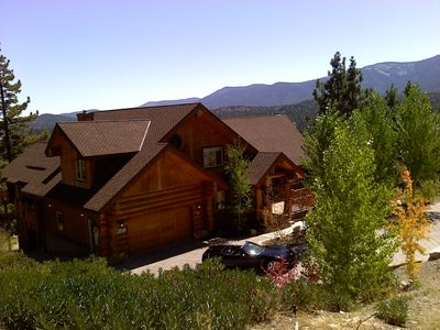 Photo for DRASTICALLY DISCOUNTED! Huge luxurious Cabin! Pets welcome!