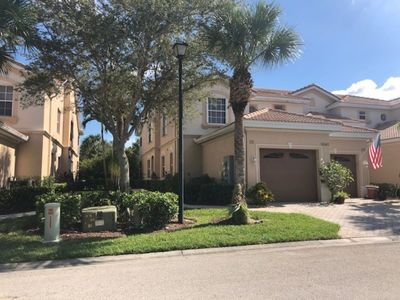 Photo for Enjoy Glen Eagle Golf and Country Club 5 min to beaches and downtown Naples