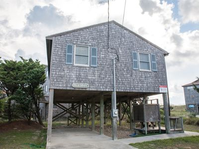 Photo for The Beach Bux cottage is located one lot back and easy access to the beach!