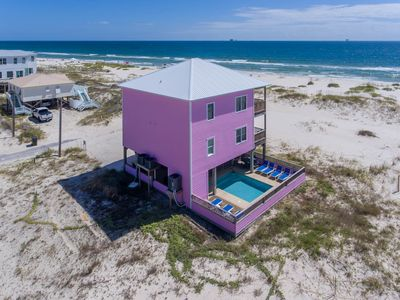 """Photo for Gulf Front Private House, 5 En-suites, Sleeps 14, HEATED Pool ,65""""&55""""4K TV,WiFi"""