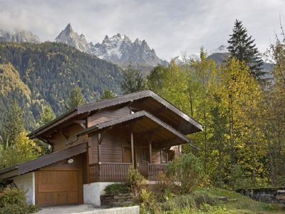 Photo for 4 Bedroom chalet 5 minutes walk to the centre of Chamonix