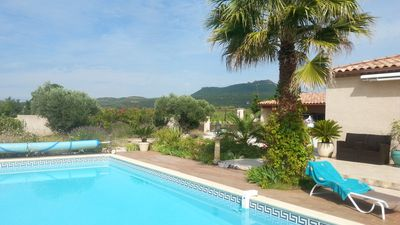 Photo for Superb villa with large swimming pool, views of vineyards and mountains