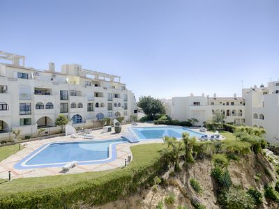 Photo for Lovely Albufeira one bedroom Apartment (sleeps 4), sea views .