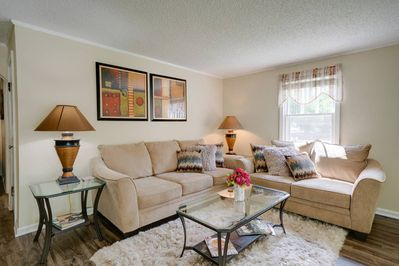 Welcome to your cozy, comfortable home away from home in Nashville!
